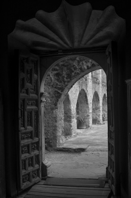 B&W - Mission Arches - Eric Olsen